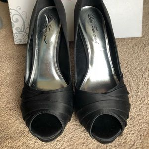 NEVER WORN! Lulu Townsend Black Satin Heels